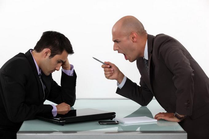 Является ли нарушением трудового законодательства