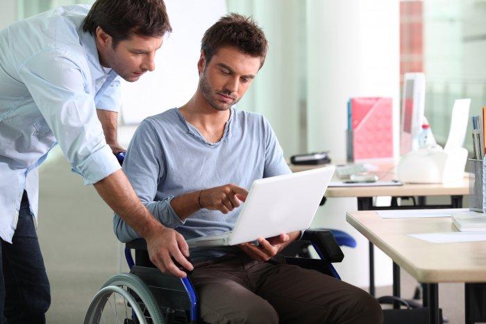 Изображение - Пособие при увольнении по инвалидности posobie-invalidam_700x467
