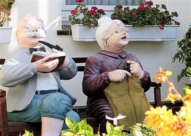 Как оформить временную регистрацию пенсионеру
